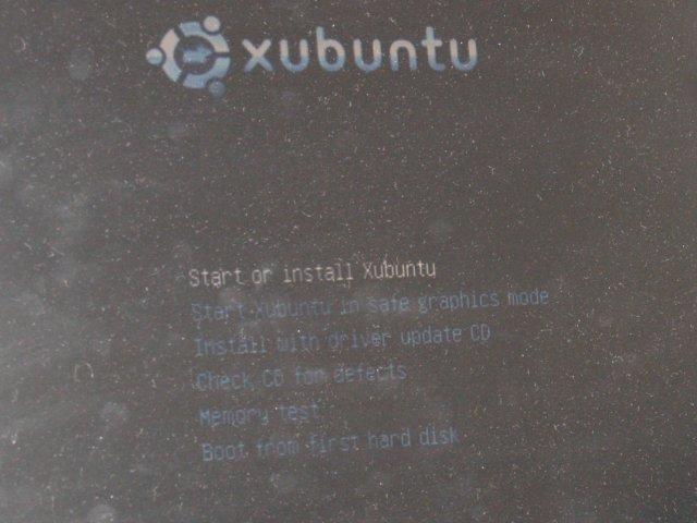 http://www.pererikstrandberg.se/blog/install_xubuntu/PS130018.JPG