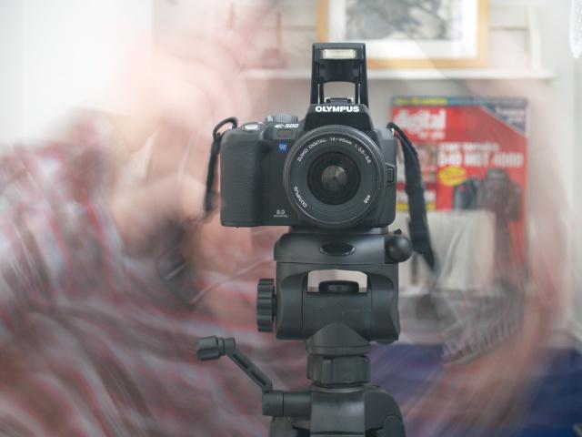 http://www.pererikstrandberg.se/blog/olympus_med_stativ.jpg