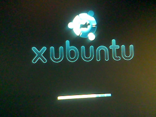http://www.pererikstrandberg.se/blog/photo_xubuntu_loading.png